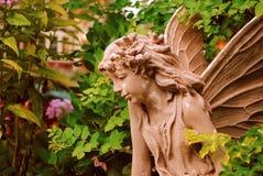Angelo del giardino Fotografie Stock Libere da Diritti