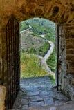 Angelokastro城堡的一个伪造的门 图库摄影