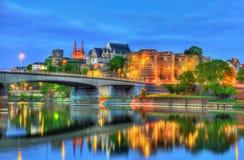 Angers slott och Maine River i Frankrike Arkivfoton