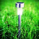 Angeschaltene Solarlampe Lizenzfreie Stockfotografie