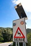 Angeschaltenes SolarStraßenschild. Lizenzfreies Stockbild