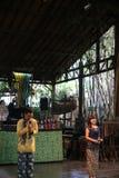 Angklung Ujo Juczna muzyczna szkoła w Bandung Zdjęcia Stock