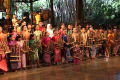Angklung Ujo Juczna muzyczna szkoła w Bandung Obrazy Stock