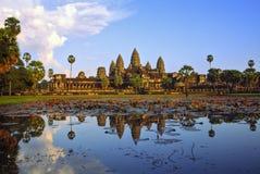 angkor柬埔寨日落wat 免版税库存照片