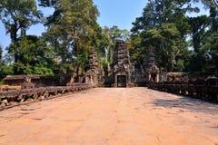 Angkor Świątynny Powikłany wejście, Siem przeprowadza żniwa Zdjęcia Royalty Free