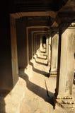 angkor Καμπότζη Πέτρινοι διάδρομος και στυλοβάτες Στοκ φωτογραφίες με δικαίωμα ελεύθερης χρήσης