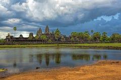 angkor πέρα από το ηλιοβασίλεμα Στοκ Φωτογραφίες