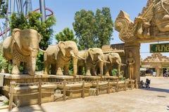 Angkor-Bereich im Hafen Aventura-Vergnügungspark in Spanien Stockbild