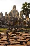 Angkor, Cambodge Lever de soleil de temple de Bayon de Khmer Photos stock