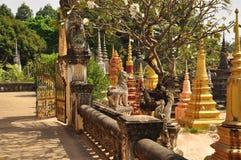 Angkor, Camboya Pagodas budistas Foto de archivo