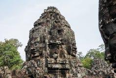 Angkor Thom με το πρόσωπο χαμόγελου Βούδας στο ναό Angkor Wat - Siem συγκεντρώνει, Καμπότζη Στοκ Φωτογραφίες