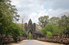 Angkor Thom (stor stad) som lokaliseras i den närvarande dagen Cambodja Royaltyfria Foton