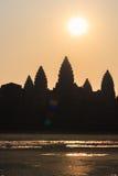Angkor Wat świątynna sylwetka w ranku przy wschodem słońca Światowy Wielki Religijny zabytek, Siem Przeprowadza żniwa Antyczny Kh Obrazy Royalty Free