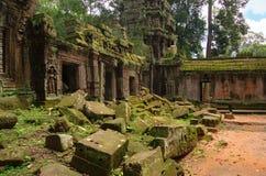 Angkor Wat - ένας γιγαντιαίος ινδός ναός σύνθετος στην Καμπότζη Στοκ Φωτογραφία