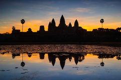 Angkor wat και λίμνη στην ανατολή, Καμπότζη Στοκ φωτογραφία με δικαίωμα ελεύθερης χρήσης