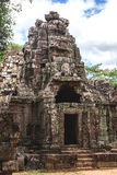 Angkor Wat, Καμπότζη - 6 Δεκεμβρίου 2016: Στοές και τουρίστες Στοκ εικόνα με δικαίωμα ελεύθερης χρήσης