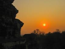 Angkor Wat, Καμπότζη - όμορφη πορτοκαλιά ανατολή Στοκ φωτογραφία με δικαίωμα ελεύθερης χρήσης