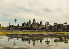 Angkor Wat με την αντανάκλαση Στοκ εικόνα με δικαίωμα ελεύθερης χρήσης