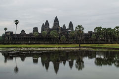 Angkor Wat με την αντανάκλαση Στοκ φωτογραφίες με δικαίωμα ελεύθερης χρήσης