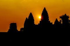 Angkor Wat στην ανατολή Στοκ φωτογραφίες με δικαίωμα ελεύθερης χρήσης