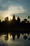 Angkor Wat στην ανατολή Στοκ Φωτογραφία