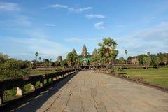 Angkor wat στην ηλιόλουστη ημέρα Στοκ Εικόνα