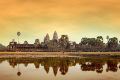 Angkor Wat στο ηλιοβασίλεμα Στοκ εικόνες με δικαίωμα ελεύθερης χρήσης