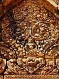 Angkor Wat - όμορφες γλυπτικές, bas ανακουφίσεις του ναού Banteay Srei Στοκ φωτογραφίες με δικαίωμα ελεύθερης χρήσης