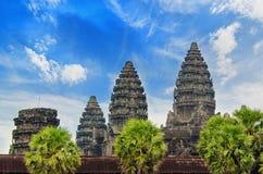 Angkor Wat - гигантский комплекс индусского виска в Камбодже Стоковое Изображение