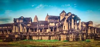 Angkor Wat ad alba La Cambogia cambodia Panorama fotografie stock libere da diritti