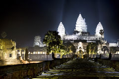 Angkor Wat bij Nacht stock foto