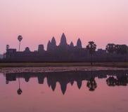 Angkor Wat bij zonsopgang Stock Fotografie