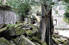 Angkor Wat, complejo gigante del templo hindú de Cambodiaa en Camboya, dedicada a dios Vishnu foto de archivo libre de regalías