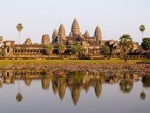 Angkor Wat dans la lumière de soirée Photo stock