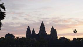 Angkor wat in de ochtend stock footage