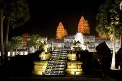 Angkor Wat en la noche Fotografía de archivo libre de regalías