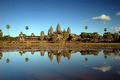 Angkor Wat en luz de la tarde fotos de archivo