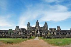 Angkor Wat i det västra utfärda utegångsförbud för beskådar Royaltyfri Foto