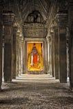 Angkor wat Kambodja, het standbeeld van Boedha stock afbeelding