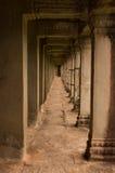 Angkor Wat korridor Arkivbilder