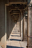 Angkor Wat korridor Royaltyfri Fotografi