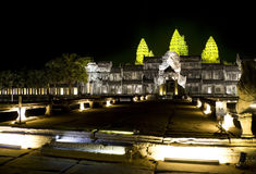 Angkor Wat nachts stockfotos