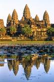 Angkor Wat no por do sol, cambodia. Fotos de Stock Royalty Free