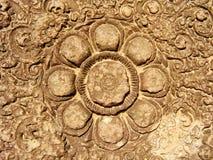 Angkor Wat - tallas hermosas, alivios de bas del templo de Banteay Srei fotos de archivo libres de regalías