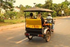 Angkor Wat Tempel En khmercivilisation för den cambodia för angkoren skördar banteay lotuses laken siemsreytempelet Turism i Camb Arkivfoto