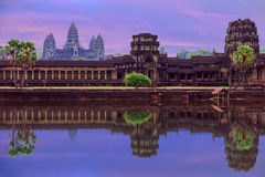Free Angkor Wat Temple Complex View At The Main Entrance, Located Nea Stock Photo - 56789890