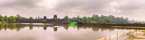 Angkor Wat temple with reflecting in water Stock Photography
