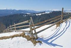 Angle de la barrière en bois Photographie stock