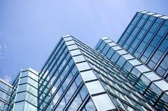 angled офис стекла здания Стоковое Изображение