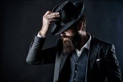 Anglika klub Detektyw w kapeluszu Dojrza?y modni? z brod? brutalny caucasian modni? w?sa Biznesmen wewn?trz zdjęcie stock